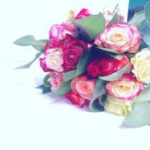 Saint Valentin, dites lui avec des fleurs