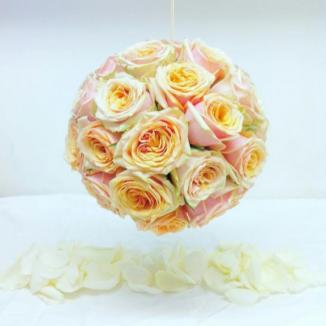 Boule de roses.